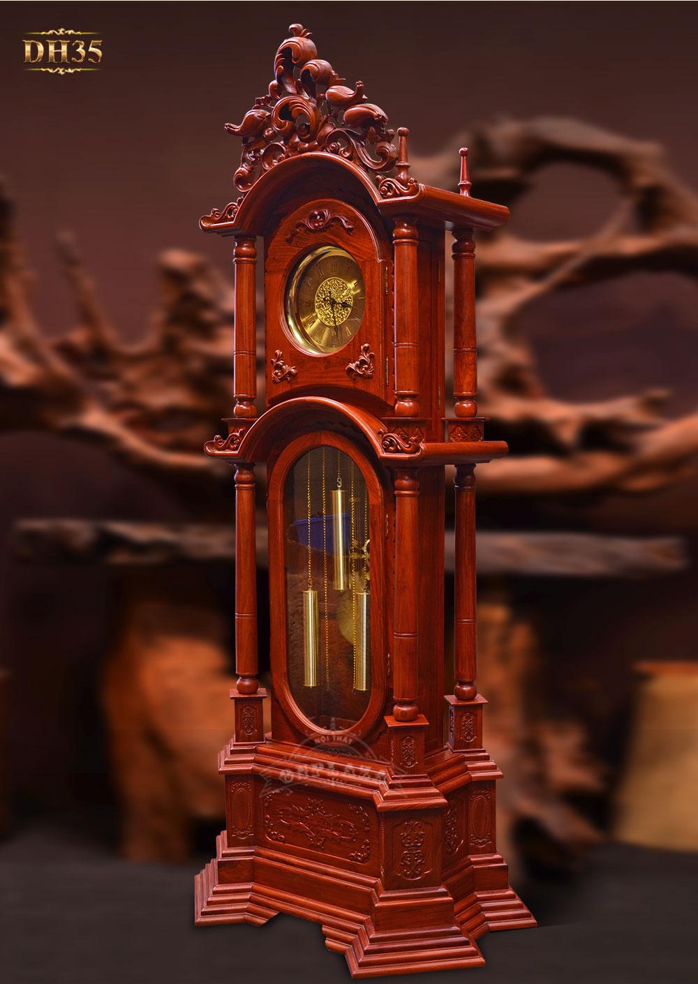 Đồng hồ cây vuông tứ trụ vân gỗ hương đỏ DH35