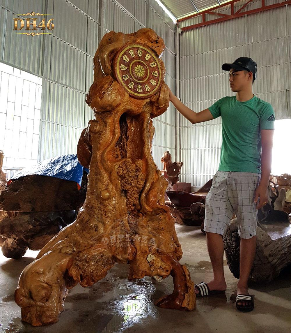 Đồng hồ cây gỗ đinh hương nguyên khối DH46