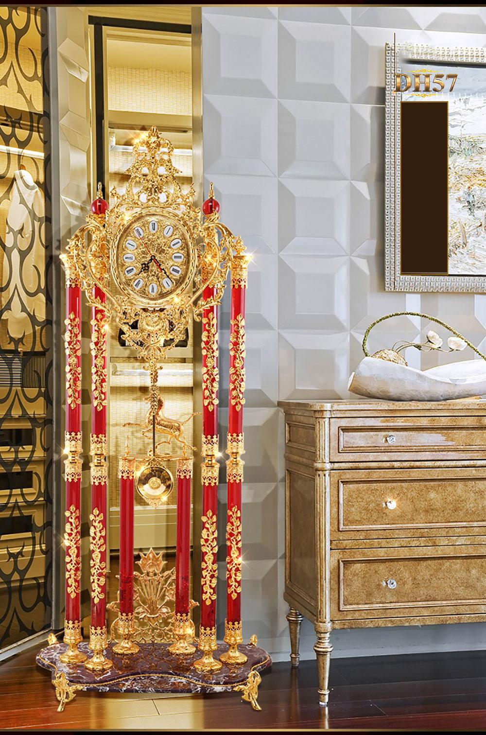Đồng hồ cây pha lê DH57 chạm ngựa vàng tài lộc cổ điển Châu Âu