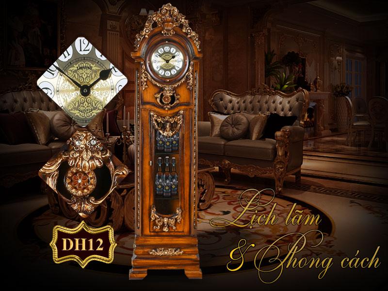 đồng hồ cây cổ điển châu âu đẹp đến từng chi tiết, mọi chi tiết trên chiếc đồng hồ cây này đều được để mắt chăm chút