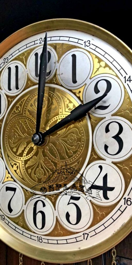 Đồng hồ tủ đầu ông sư mạ vàng cổ 12 gông 7