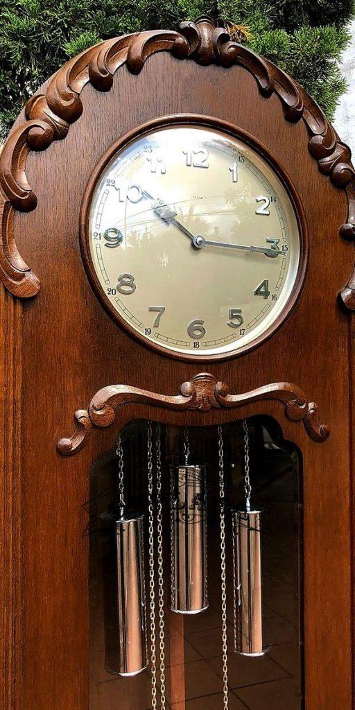 Đồng hồ tủ đầu ông sư máy Kienzle cổ 2