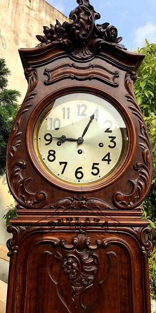 Đồng hồ tủ cây junghans16 gông độc chiếc kiểu cây đàn 2