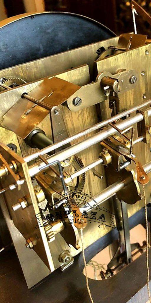 Đồng hồ tủ cây junghans16 gông độc chiếc kiểu cây đàn 8